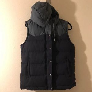 Patagonia black bivy down vest medium